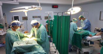Medicina Solidaria Quirófano Misión Ecuador